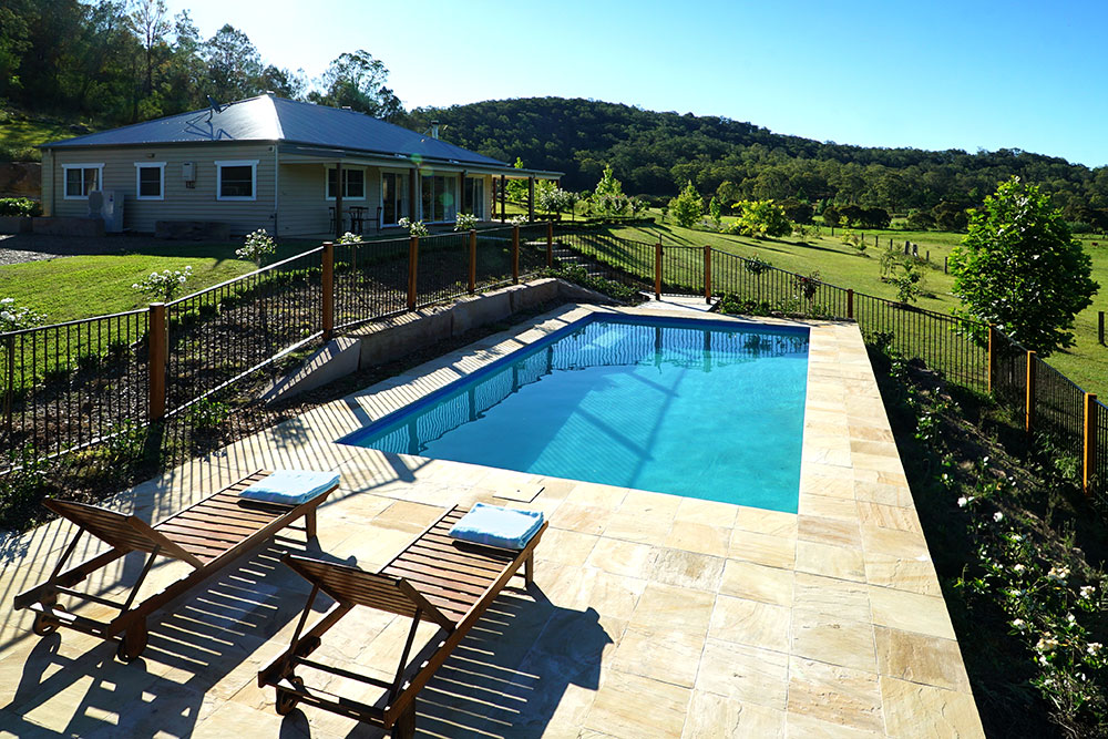 Gypsy Willows Hunter Valley Retreat with Swimming Pool